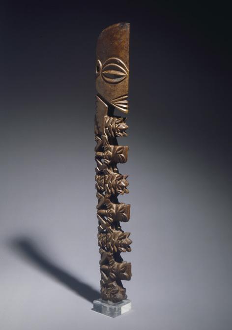 7-bâton-divinité